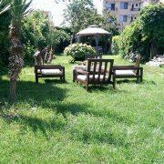 Къща за гости в град Черноморец - Двор.
